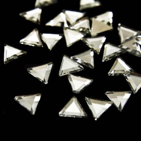 Стразы клеевые белые, 6 мм