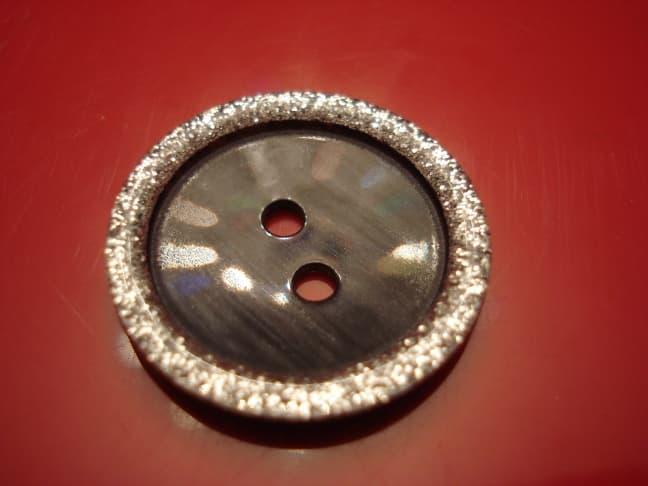 Пуговица, 15 мм
