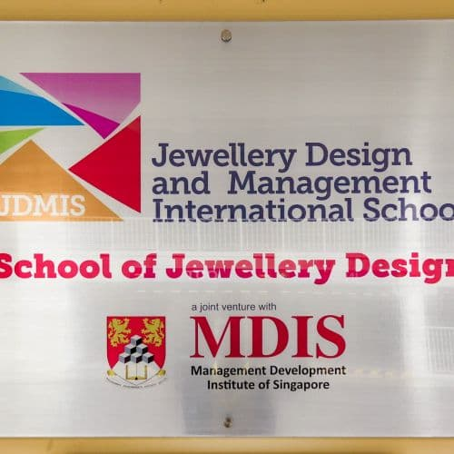 JDMIS is a Joint Venture with MDIS specializing in Jewellery Education